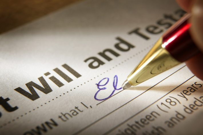 Signing-Will-iStock-182672995-710x472