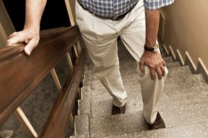 Walking-Stairs-with-Bad-Knee-iStock-181879982-710x4731